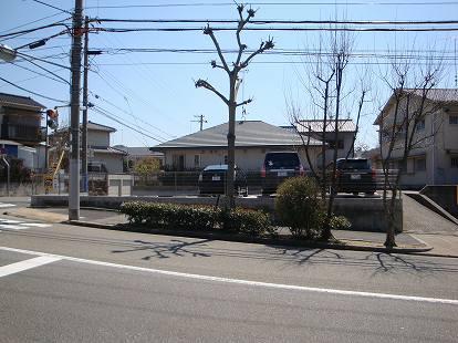 「加村パーキング」神戸市北区鈴蘭台南町5丁目の賃貸駐車場の外観写真です